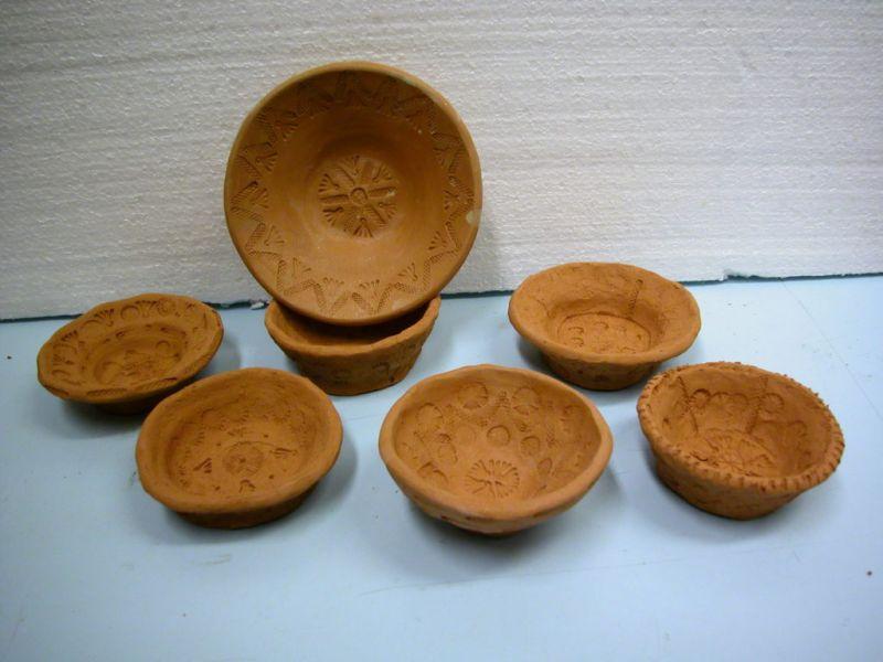 A foglalkozásokon készíthető római pecsételt díszítésű tál
